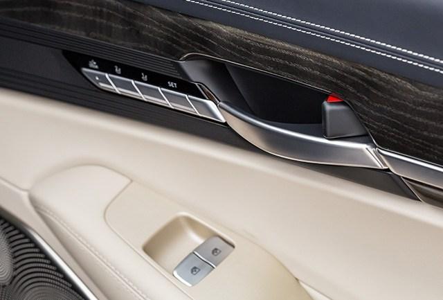 Сила G. Hyundai Genesis G90