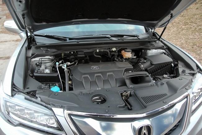 Acura RDX. Гордый рыцарь. Acura RDX