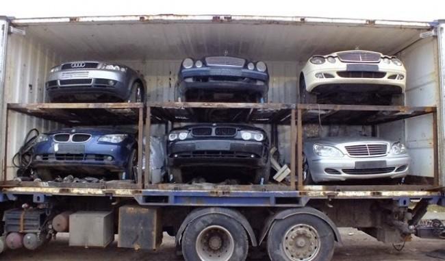 Машины, экспортируемые из стран Евросоюза, либо не облагаются таможенными  пошлинами (Литва), либо уплачивается акциз в размере 3,1% (при объеме  двигателя до ... 42a321aadb7