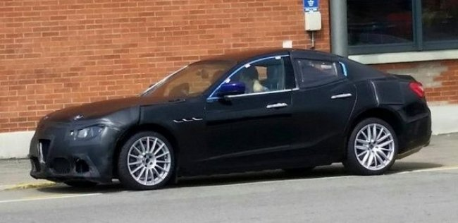 Седан Alfa Romeo Giulia замечен на тестах