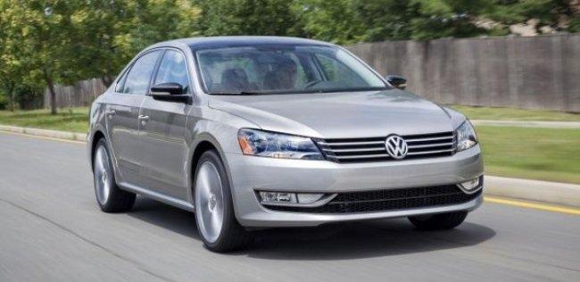 Volkswagen обновит седан Passat осенью 2015 года