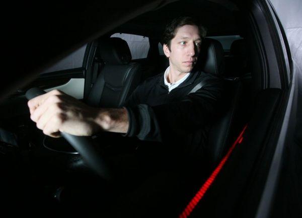 Система от Continental распознает момент отвлечения водителя и обращает его внимание на опасную ситуацию.