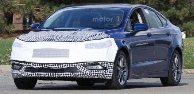 Обновленный Ford Fusion замечен на тестах