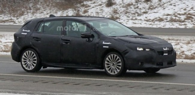 Компания Subaru вывела на финальные тесты новое поколение хэтчбека Impreza