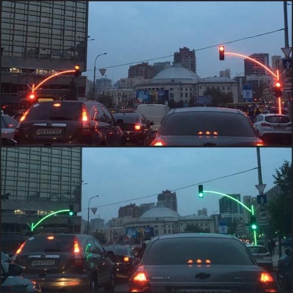 Необычный светофор заработал в Киеве