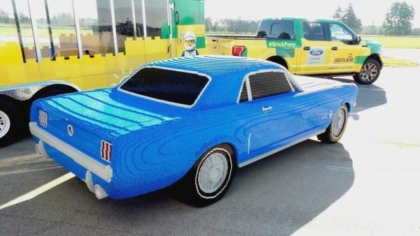В США собрали Ford Mustang из 194 тысяч кубиков Lego