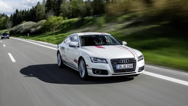 Компания Audi присоединилась к разработке «шоссе будущего»