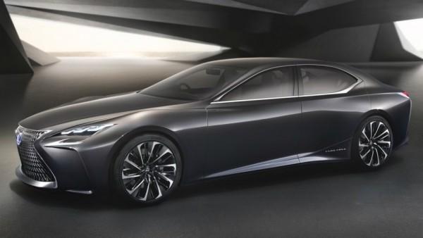 Lexus запустит в серию водородный кроссовер