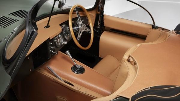 Jaguar вернул к жизни «первый в мире суперкар»
