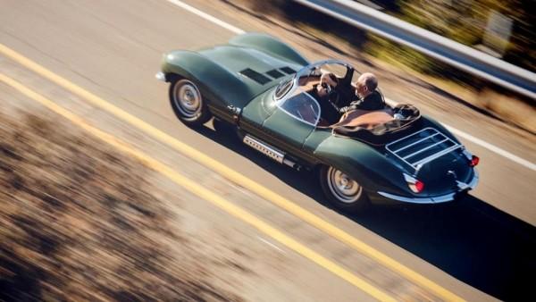 Jaguar показал возрожденный суперкар XKSS на видео