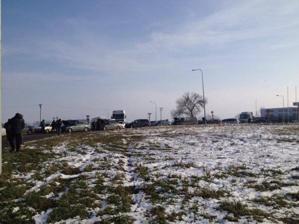 Под Черновцами водители на несколько часов перекрыли международную трассу