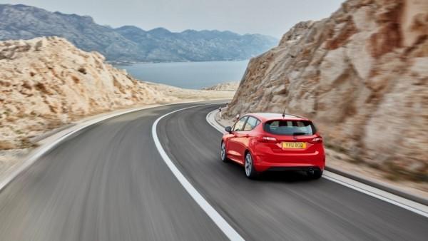«Форд» рассказал про моторы и оснащение новой «Фиесты»