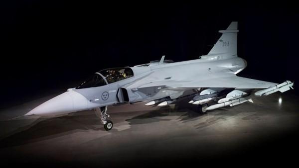 Saab приспособит военные технологии для автомобилей
