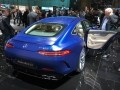 На Женевском автосалоне компания Mercedes-AMG представила «убийцу Panamera» - GT4 - фото 4