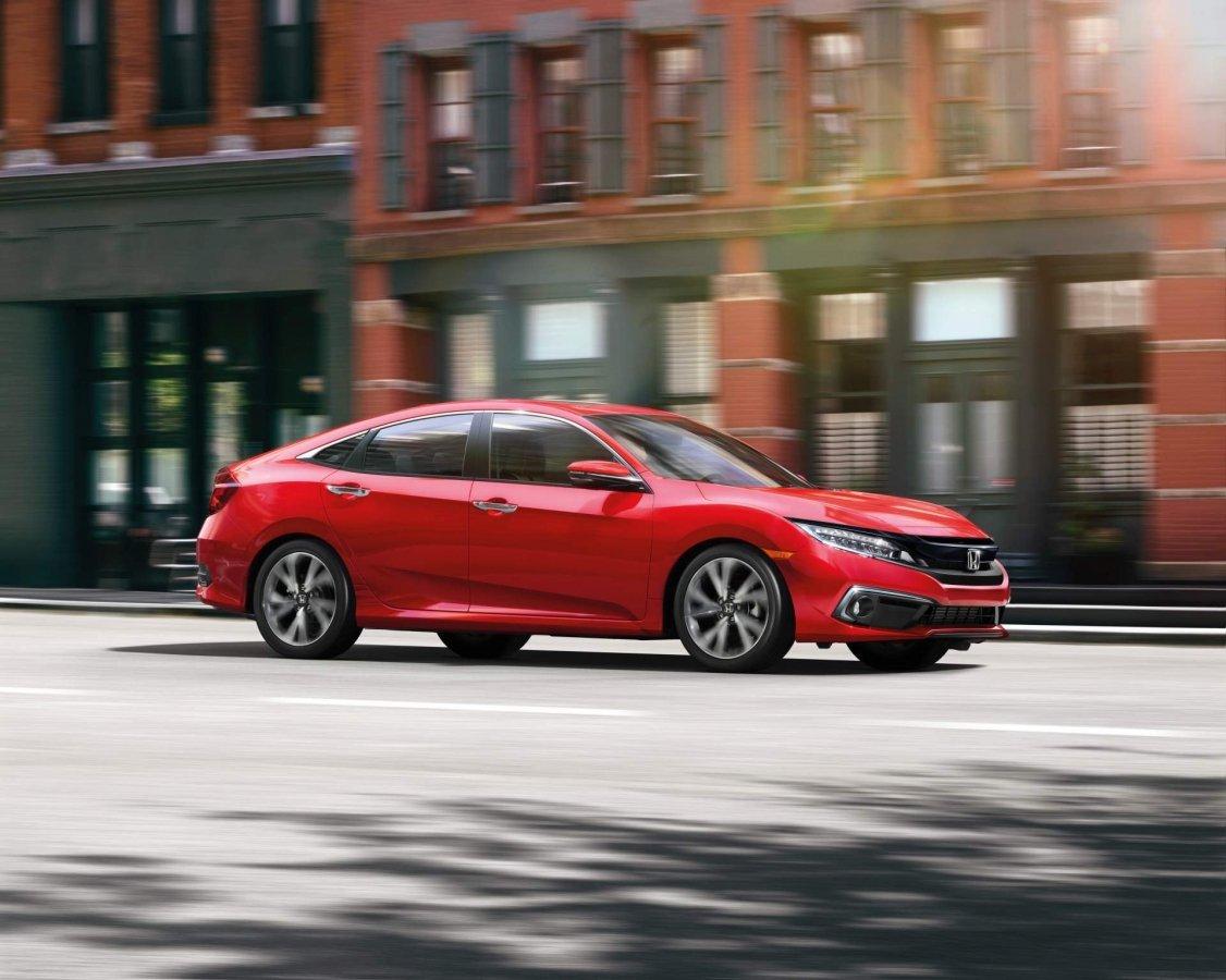 Honda представила обновленный Civic новые фото