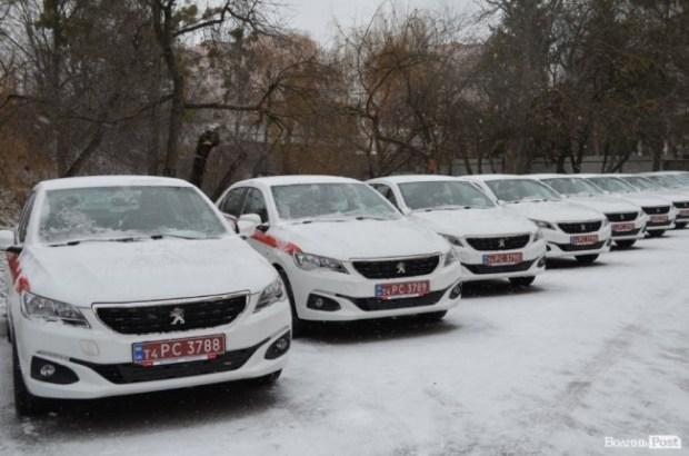 Семейные врачи в Украине будут ездить на Peugeot 301 2