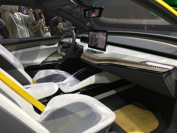 Skoda представила вШанхае концептуальное кросс-купе Vision iV