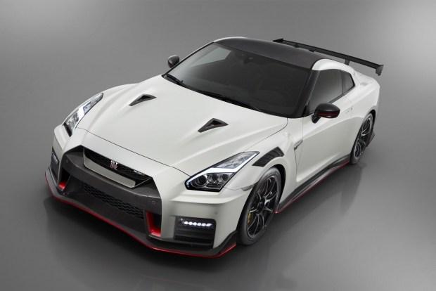 Nissan GT-R обновлен к50-летнему юбилею