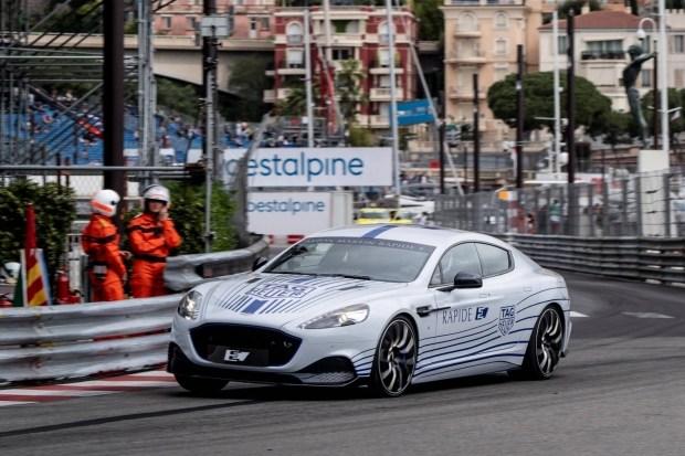 Электромобиль Aston Martin дебютировал в Монако