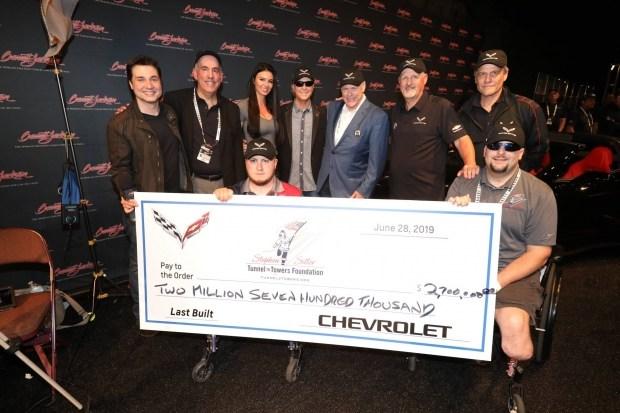 Последний переднемоторный Corvette продали за2,7 млн. долларов