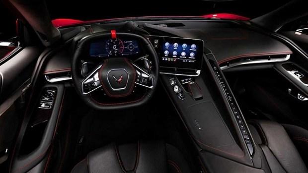 Chevrolet Corvette впервые стал среднемоторным: фото, видео | Korrespondent.net