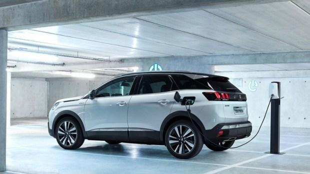 Peugeot представила гибридный кроссовер (фото) - новости транспорта