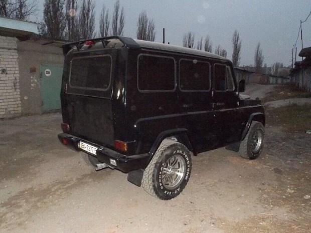 Украинцы превратили старый УАЗ в Гелендваген