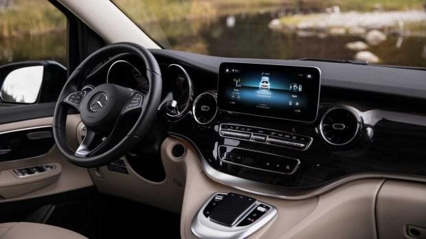 Mercedes-Benz представил фургон Marco Polo Camper Van в Германии