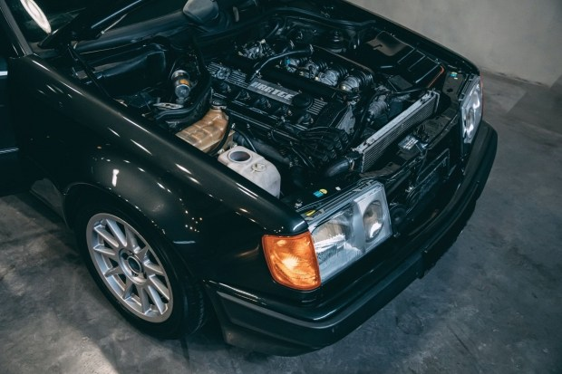 Разрыв шаблона: Hartge F1 - Mercedes W124 с мотором от BMW M1