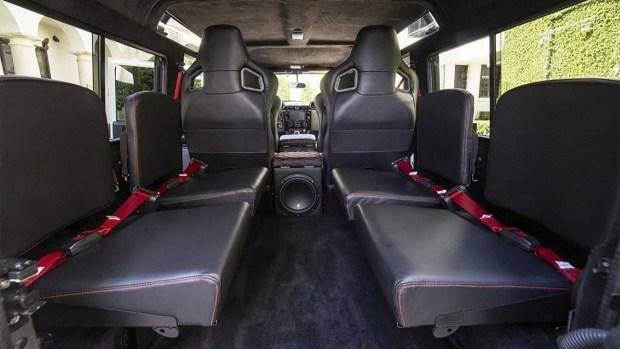 Tesla Model D: необычный тюнинг Land Rover Defender