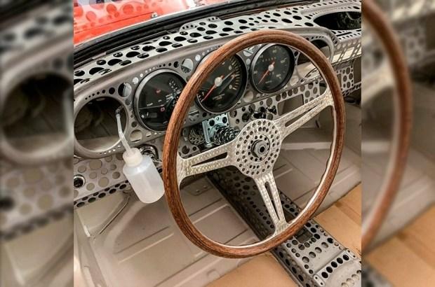 Самый легкий Porsche 911, оказался самым «дырявым»