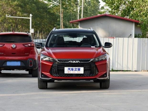 Симпатичный и дешевый: Dongfeng выпустили конкурента Октавии универсал