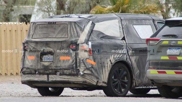 Новые гибриды Toyota среди которых может быть Tundra
