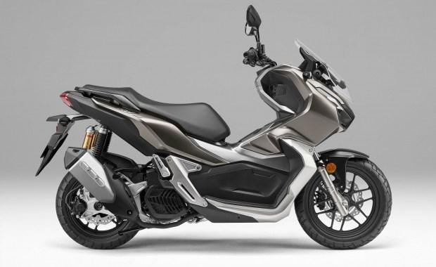 «Мал, да удал»: уникальный скутер Honda ADV 150 покоряет Европу