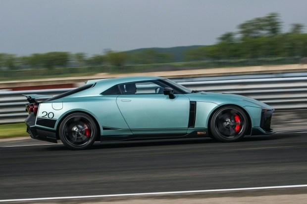 Nissan GT-R для очень богатых фанатов