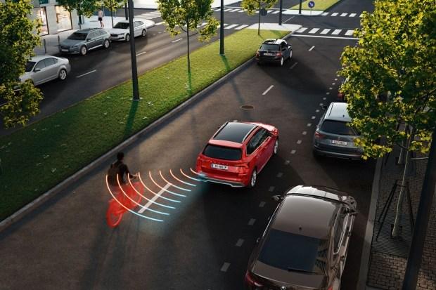 Skoda Octavia получит передовые технологии безопасности