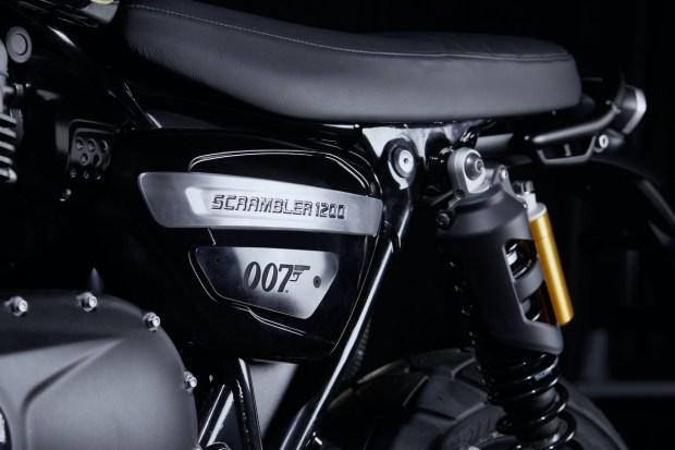 Bond. Edition Bond. Спецверсия Triumph Scrambler 1200