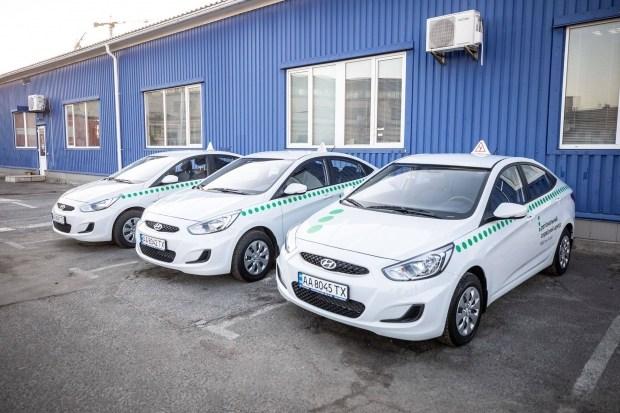 В Украине сервисные центры МВД снова принимают экзамены на права