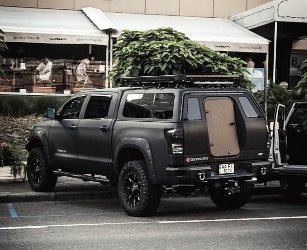 В столице появилась очень «злая» Toyota Tundra