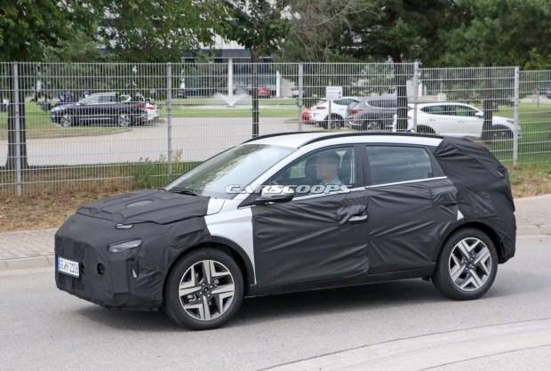 Hyundai выпустил на тесты самый маленький кроссовер
