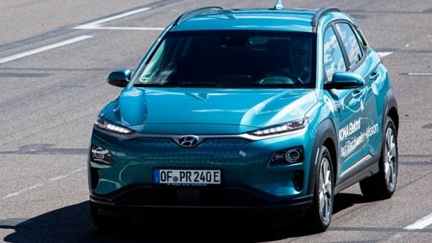 Электрический Hyundai Kona проехал на одном заряде 1026 км