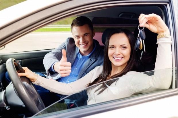 В Украине начал работу сервис по подбору Автошкол и Автоинструкторов