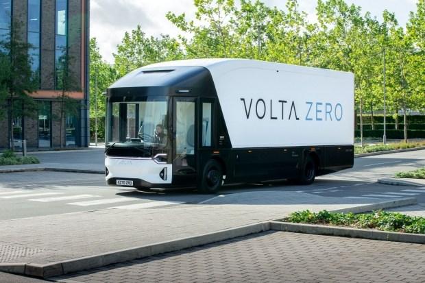 Volta Zero: 16-тонный электрический грузовик со стеклянной кабиной