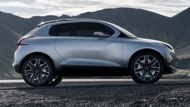 Peugeot 108 превратится в крошечный кроссовер