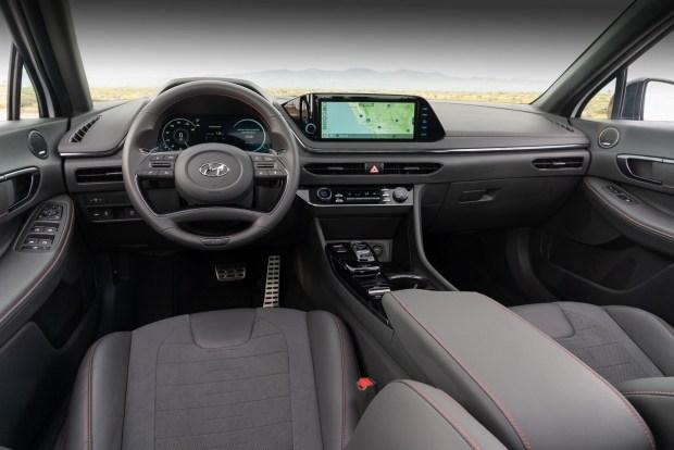 Hyundai рассекретила Sonata N Line