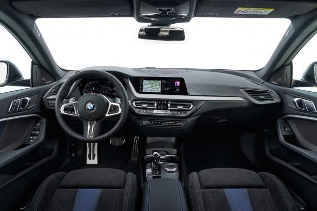BMW 2-Series Gran Coupe получила промежуточный вариант