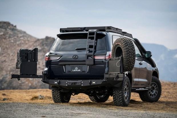 Lexus LX для отчаянных домохозяек