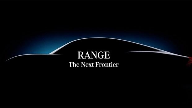 Mercedes показал на тизерах электрический прототип Vision EQXX