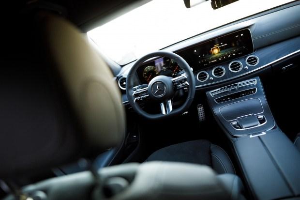 Интерьер Mercedes E-Class (W213) Facelift