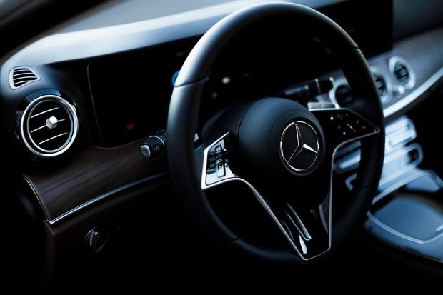 Стандартное рулевое колесо Mercedes E-Class (W213) FL